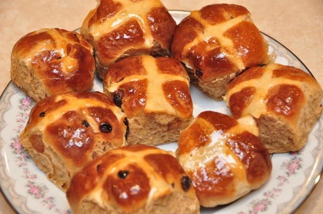 Vincotto Hot cross buns