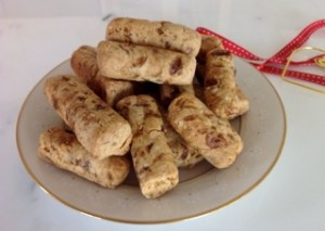 Vino Cotto Spiced Fruit and Nut Biscuits _plate